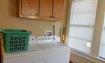 Kitchen, 2120 McKee St, 2