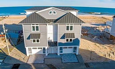 1728 Oceanfront B, 1