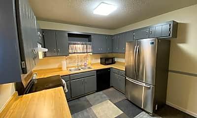 Kitchen, 455 107th Ln NW, 0