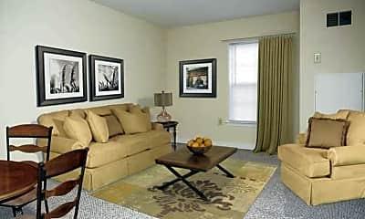 Laurel Lakes Apartments, 1