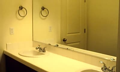 Bathroom, 2858 S Edison St, 2