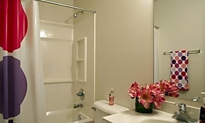 Bathroom, Copper Beech- Auburn, AL-Per Bed Lease, 2