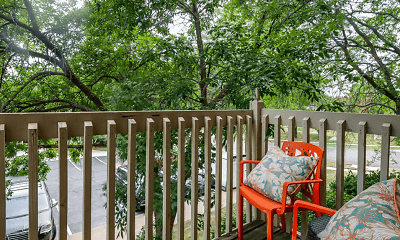 Patio / Deck, The Retreat at Woodridge, 1