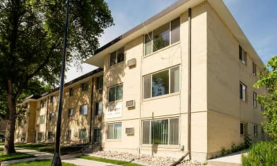 Building, Maplewood Bend Apartments, 1
