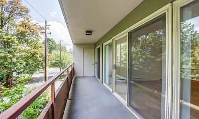 Patio / Deck, Irvington, 2