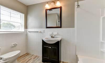Bathroom, Pennside Manor, 2