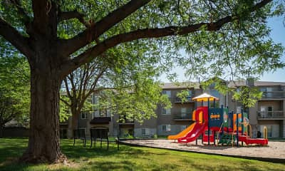 Playground, Highpointe by Broadmoor, 2