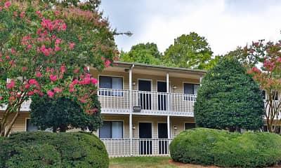Building, Huntersville Apartments, 2
