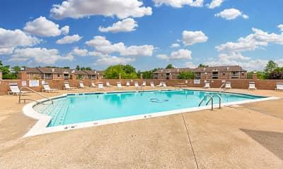Pool, Burlington Oaks, 0