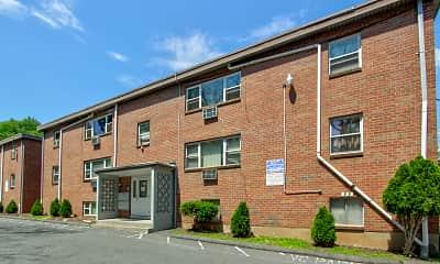 Building, Farmington Gates Apartments, 0