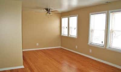 Living Room, Chelsea Manor Apts, 2