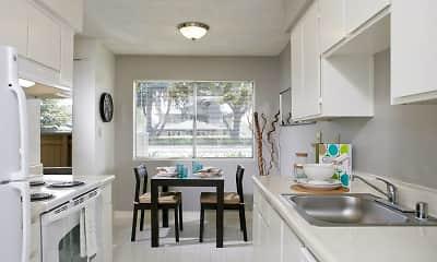 Kitchen, eaves Union City, 1