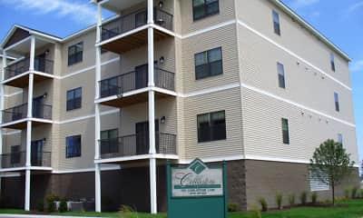Building, Cobblestone Apartments on Parkway, 0