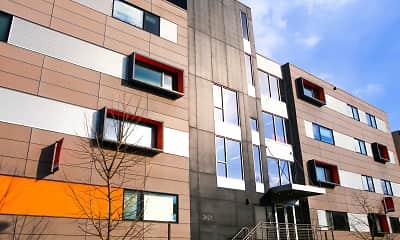Building, Skyline Apartments - Student Housing, 0