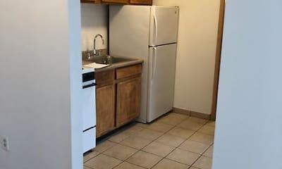 Kitchen, Winterhaven Inn, 2