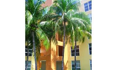 Building, International Club Apartments, 1