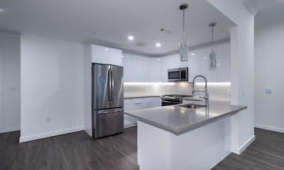 Kitchen, Fairfield Metro Mineola, 1