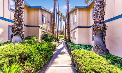 Building, Cedartree Apartments, 1