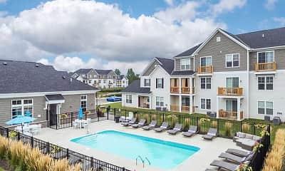 Pool, Avery Pointe, 0