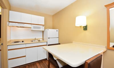 Kitchen, Furnished Studio - Seattle - Bellevue - Factoria, 1