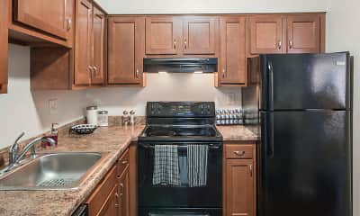 Colonie East Apartments, 1