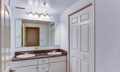 Bathroom, The William Brown Lofts, 2