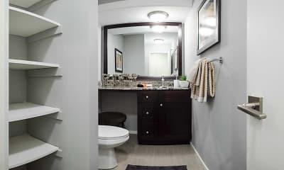Bathroom, Merriam Park Apartments, 2