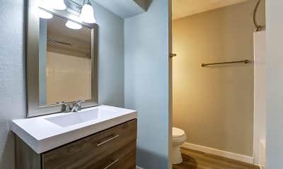 Bathroom, Tides on Randol East, 2