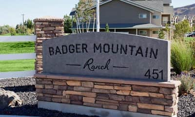 Community Signage, Badger Mountain Ranch, 0