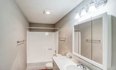 Bathroom, Amber Glen, 2