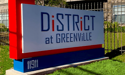 Community Signage, The District at Greenville, 2
