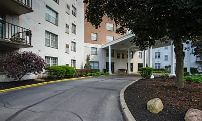 Building, High Point In The Park Apartments, 1