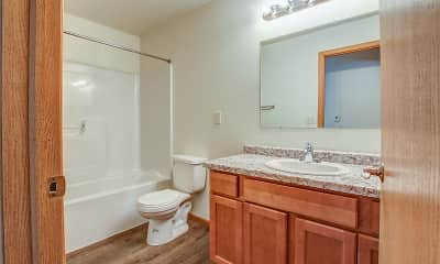 Bathroom, Riverwood Apartments, 2