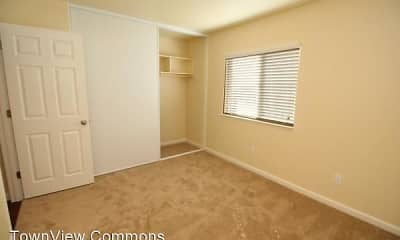 Bedroom, TownView Commons, 2