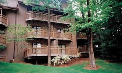Building, Pine Mill Ridge Apartments, 0