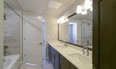 Bathroom, The Vue at Creve Coeur, 2