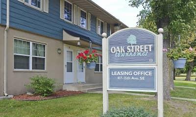 Community Signage, Oak Street Townhomes, 0