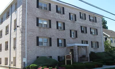 Building, Holiday Manor Apartments, 0