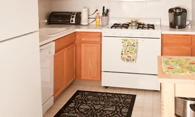 Kitchen, Westcourt Apartments, 2