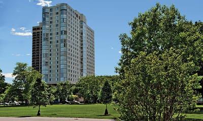 Building, Hyde Park Tower Apartments, 0