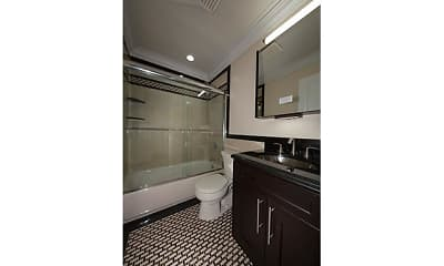 Bathroom, Fairfield Estates at Rockville Centre, 2
