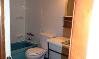 Bathroom, The Studios at 401, 2