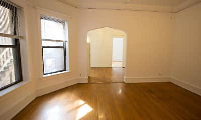 Living Room, 5474-5480 S. Hyde Park Boulevard, 1