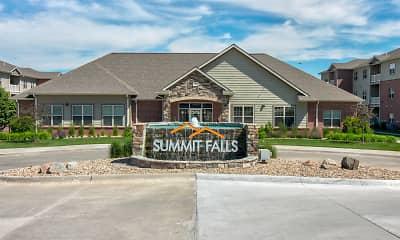 Summit Falls Apartments &Townhomes, 2