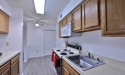 Kitchen, Tamarron Apartments, 1