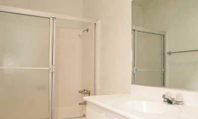 Bathroom, Casa Royale Apartments, 2