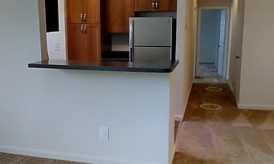 Kitchen, Harbor Club Apartments, 1