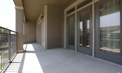Patio / Deck, Crescent Pointe Apartments, 2