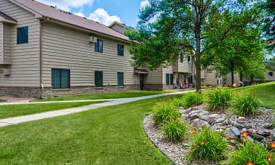 Woodcrest Townhomes, 1
