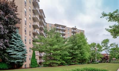 Building, 200 West Apartments, LLC, 2